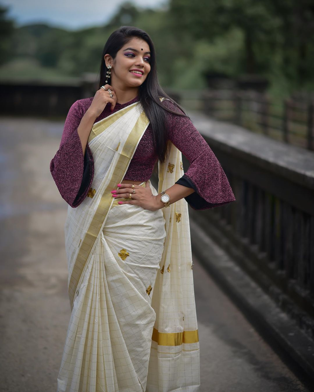 Malayalam Serial Actress Haritha Nair Hot Saree Photos Photos Hd Images Pictures Stills First Look Posters Of Malayalam Serial Actress Haritha Nair Hot Saree Photos Movie Mallurepost Com