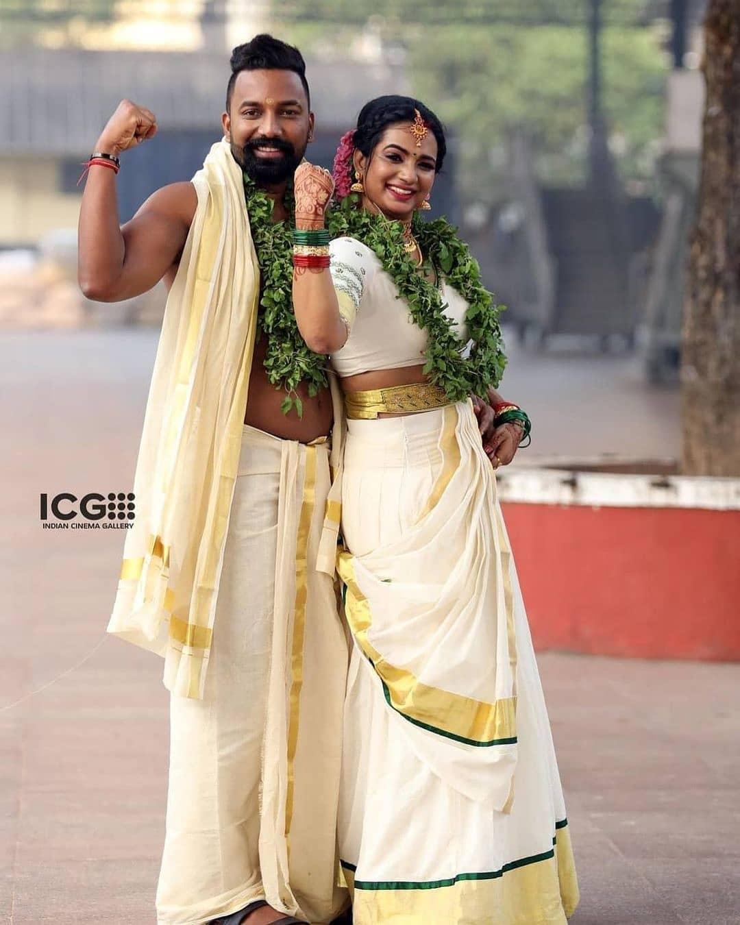 saranya anand marriage photos
