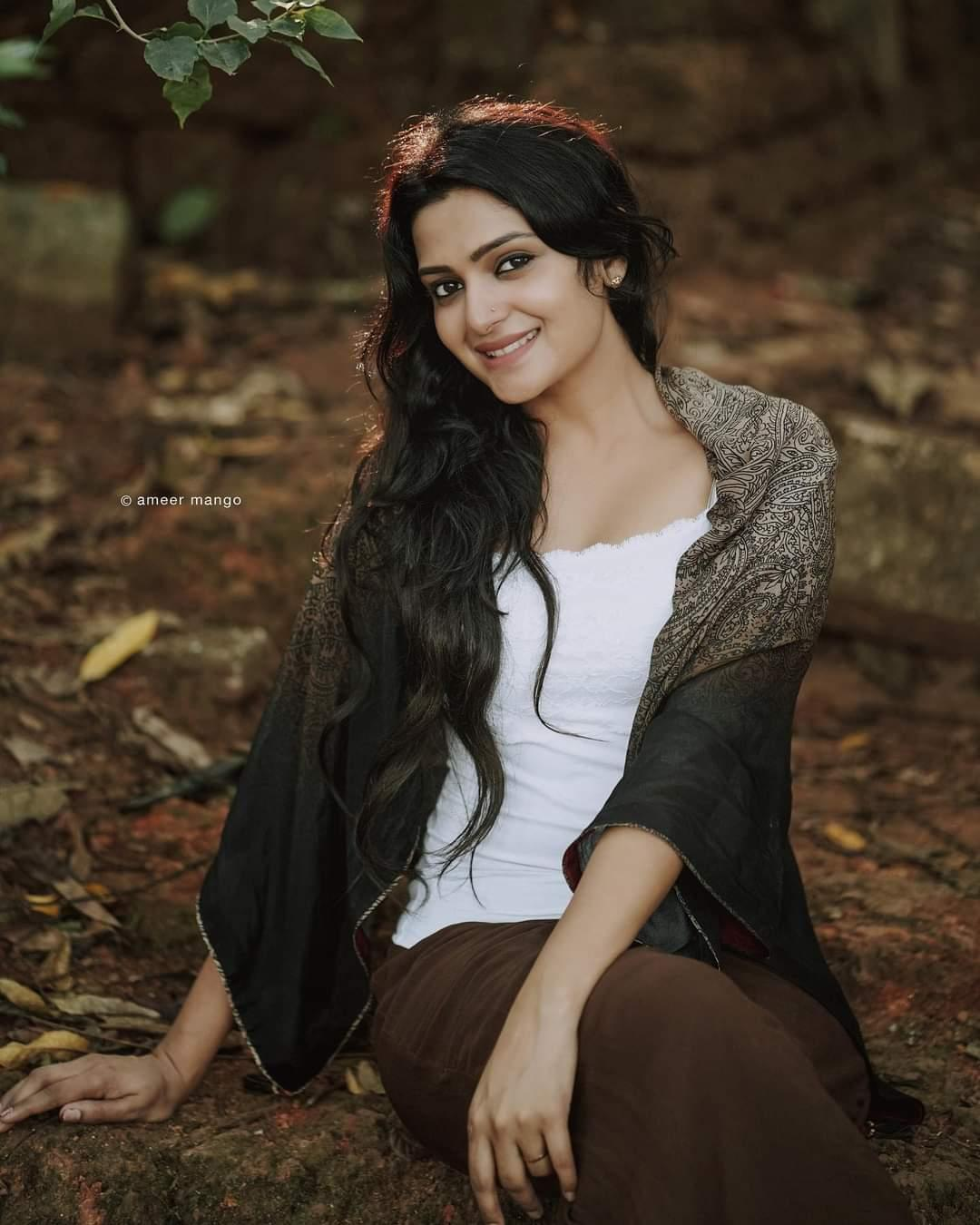 Malayalam actress hot gallery   Divya Pillai latest hot and sexy photoshoot  Photos: HD Images, Pictures, Stills, First Look Posters of Malayalam  actress hot gallery   Divya Pillai latest hot and sexy